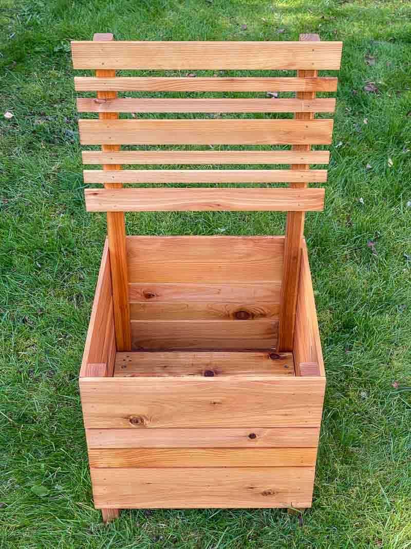 DIY planter box with slats for climbing vines