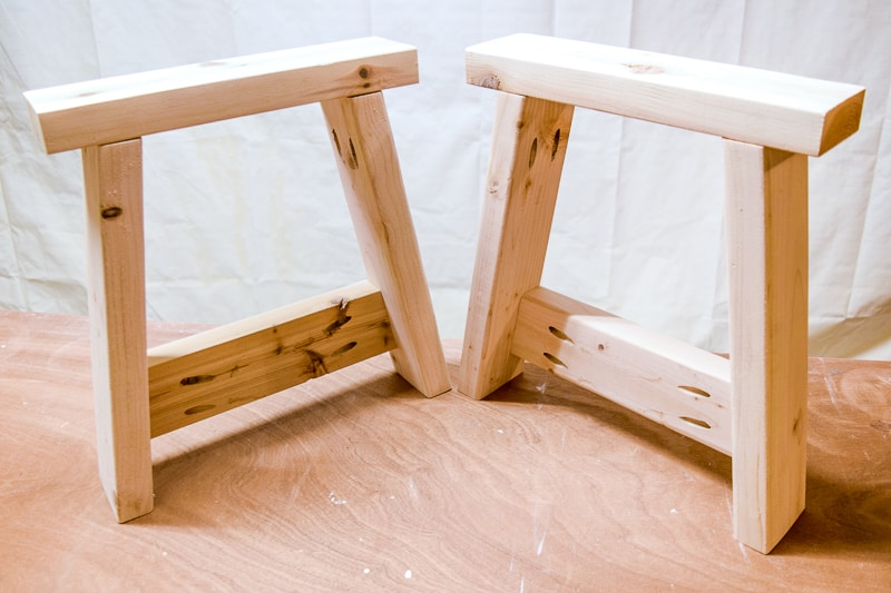 legs for DIY farmhouse bench made with 2x4s