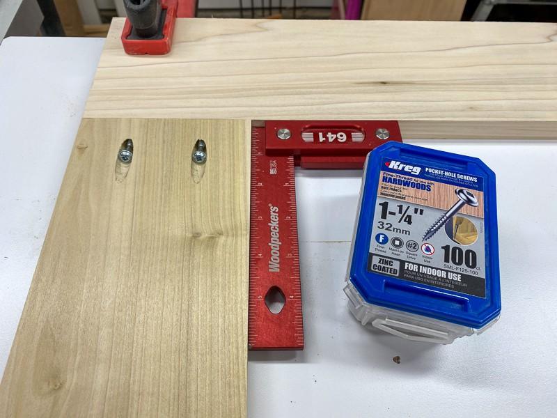 assembling DIY screen door with pocket hole screws