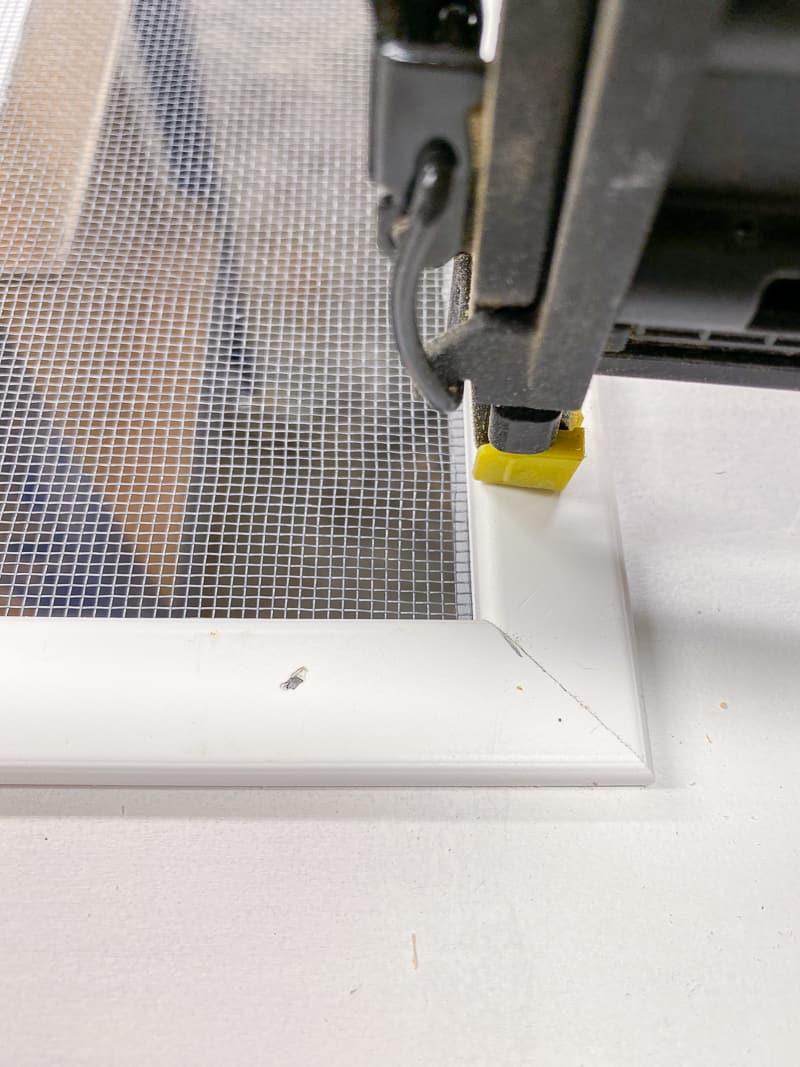 mitered corner of screen moulding