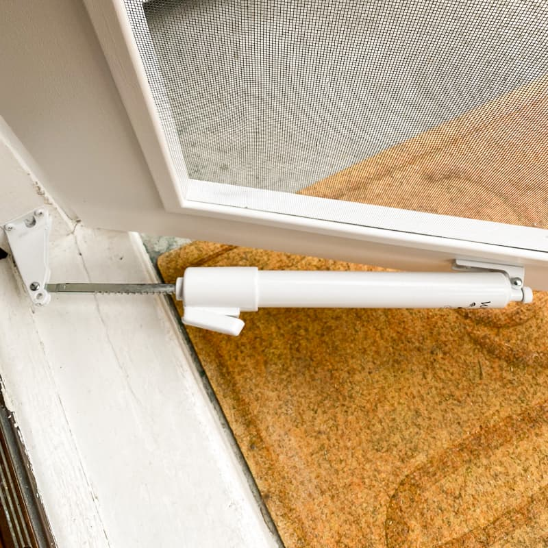 slow close pneumatic closer installed on DIY screen door