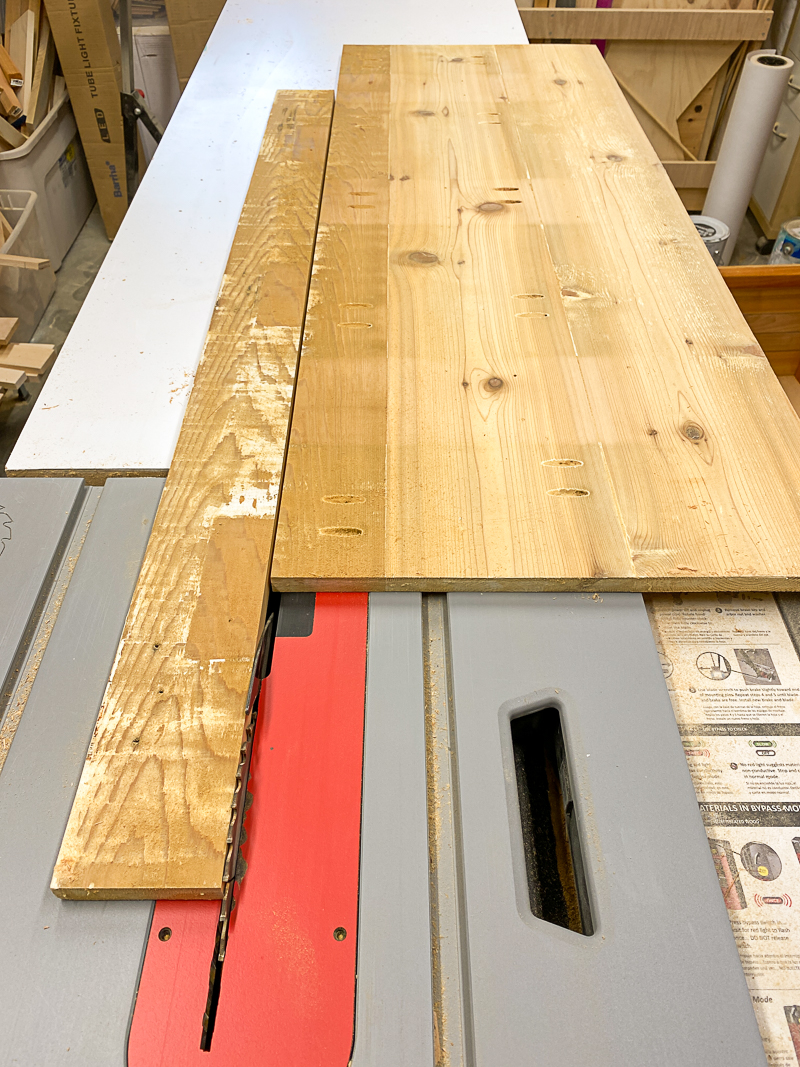 cutting bench lid on the table saw