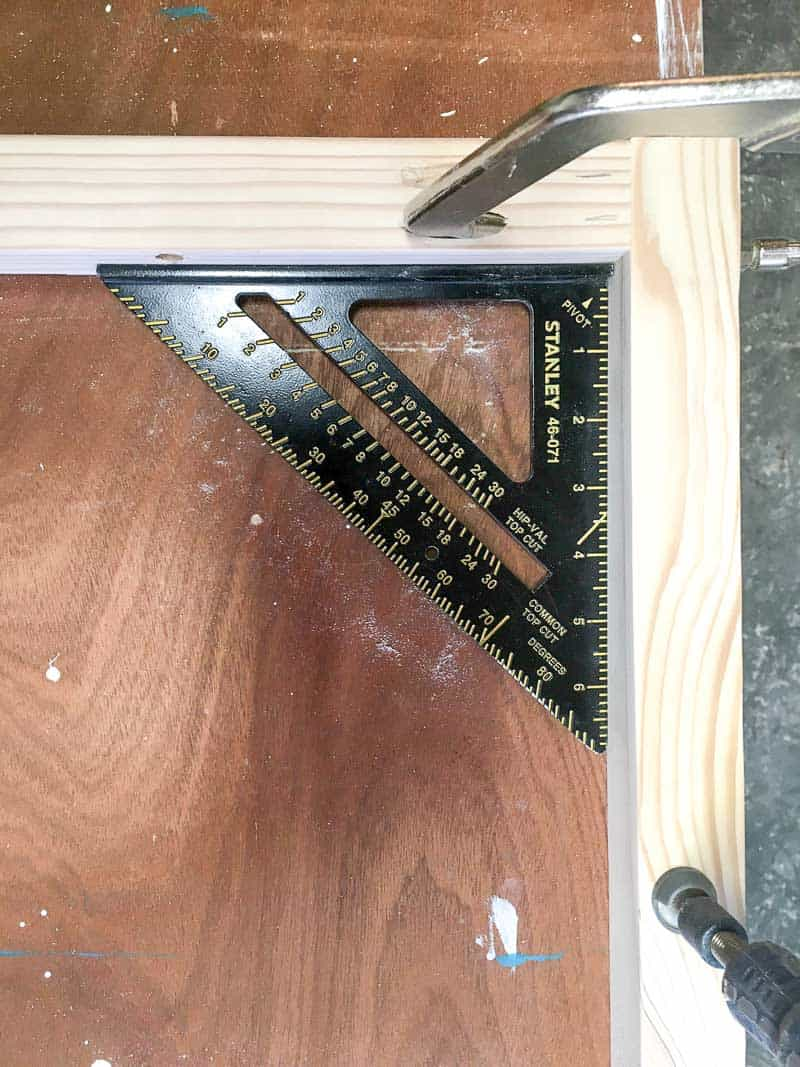 assembling frame of upholstered headboard with speed square