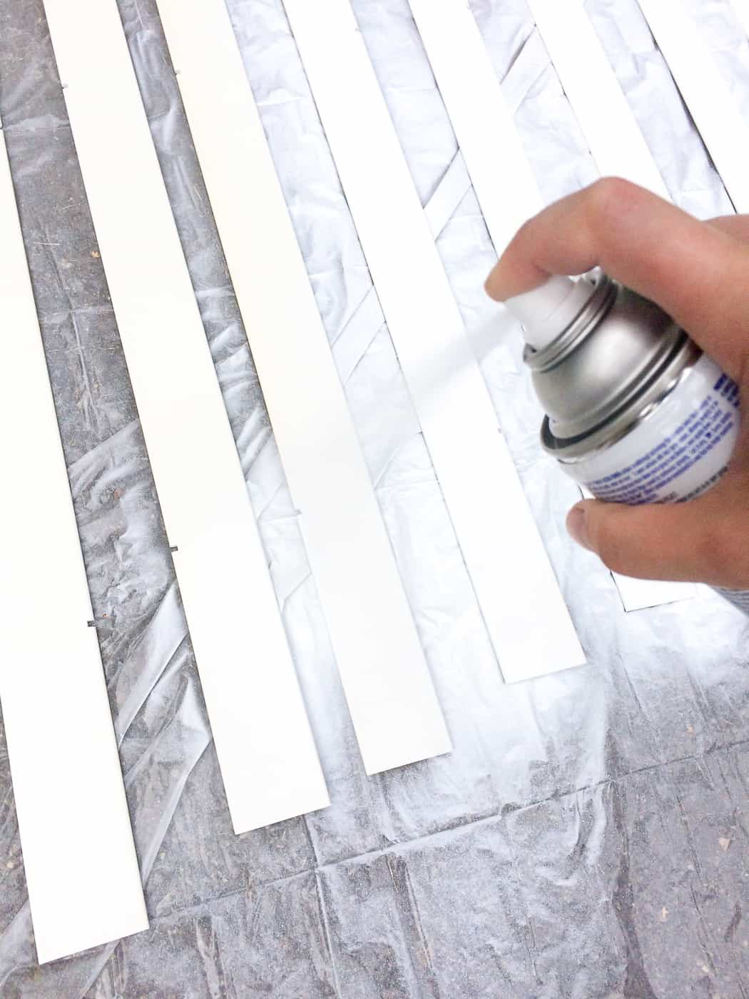 spray painting window blinds