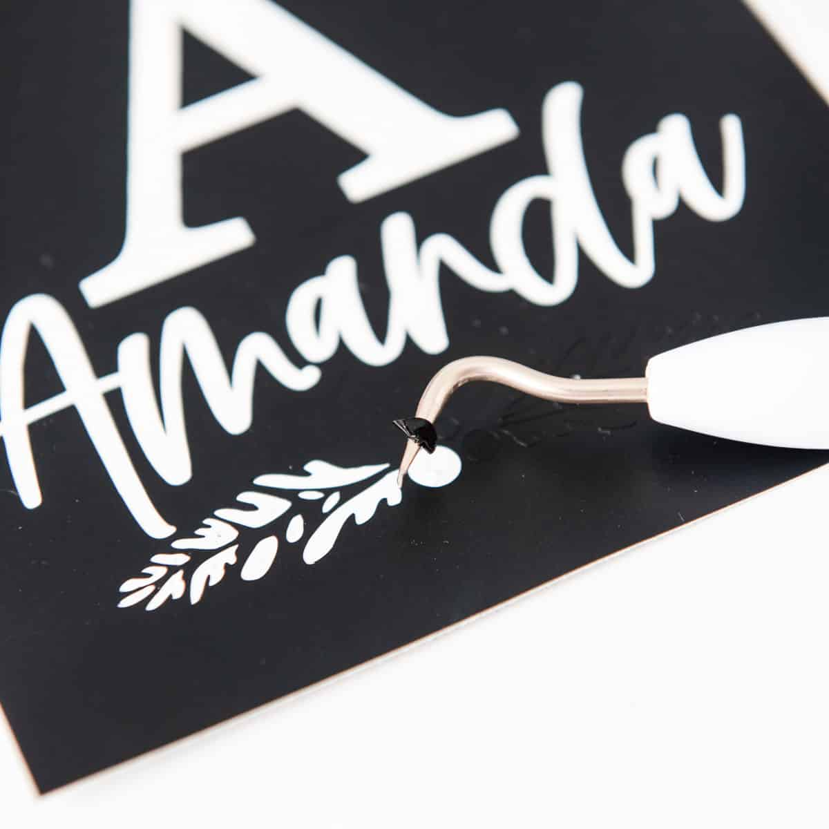weeding vinyl stencil for stocking hanger