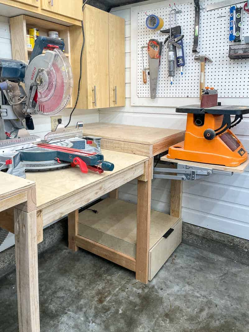 miter saw station with lift for sander