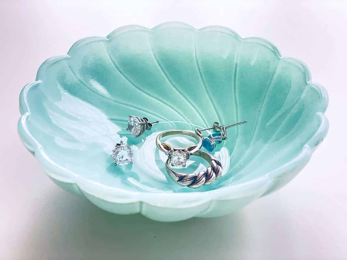 spray painted glass dish in aqua color for holding jewelry