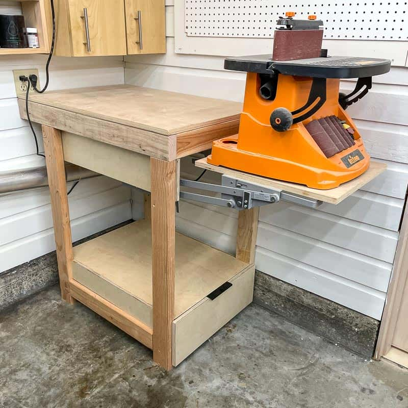 tool stand with lift