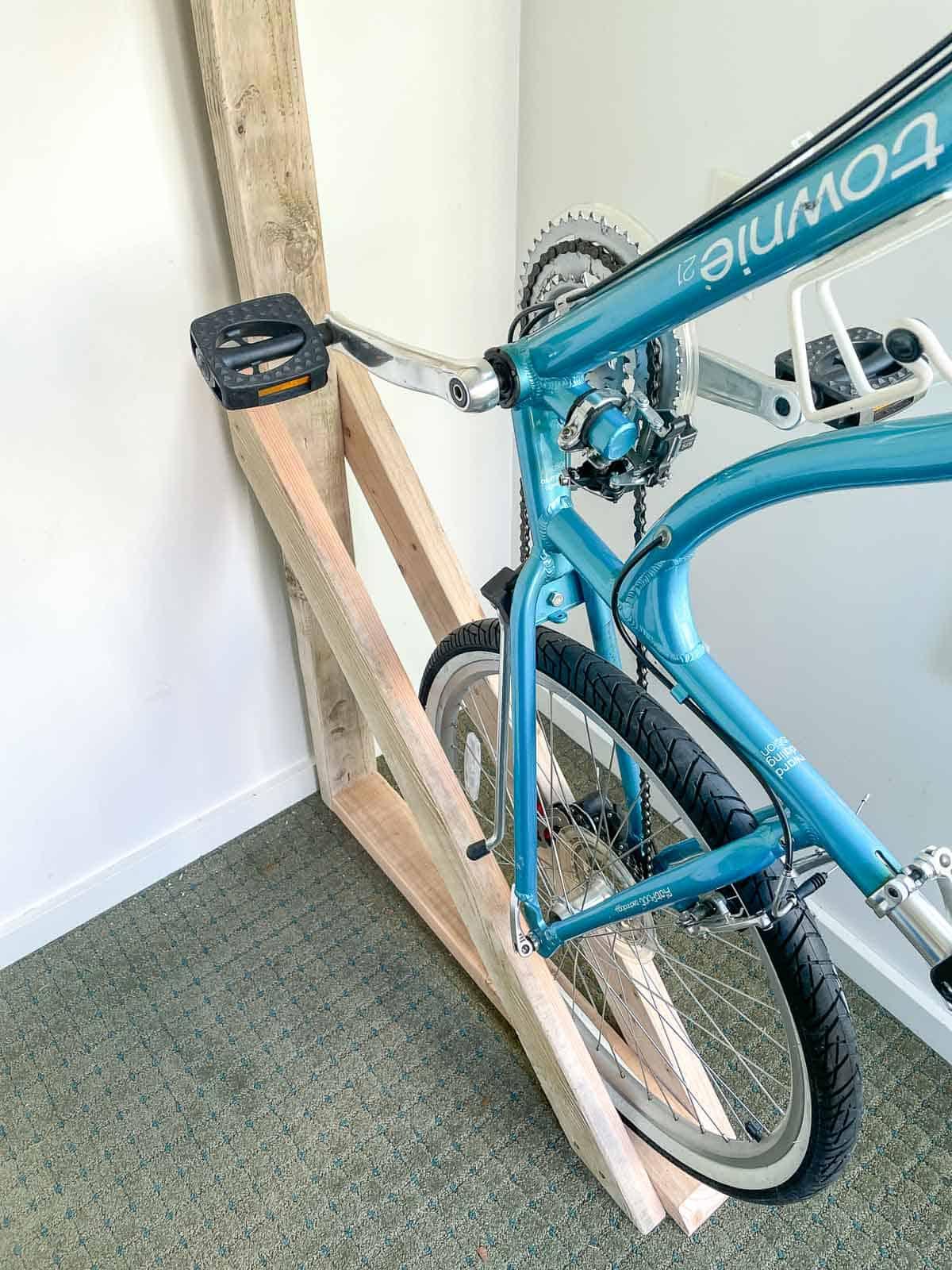 DIY wall mount bike rack with bottom stabilizer