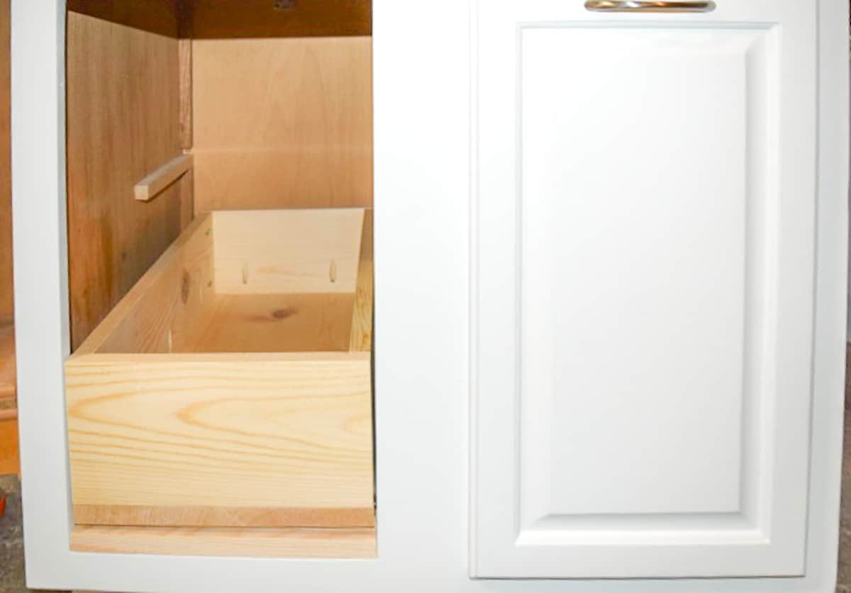 trash can cabinet test fitting drawer