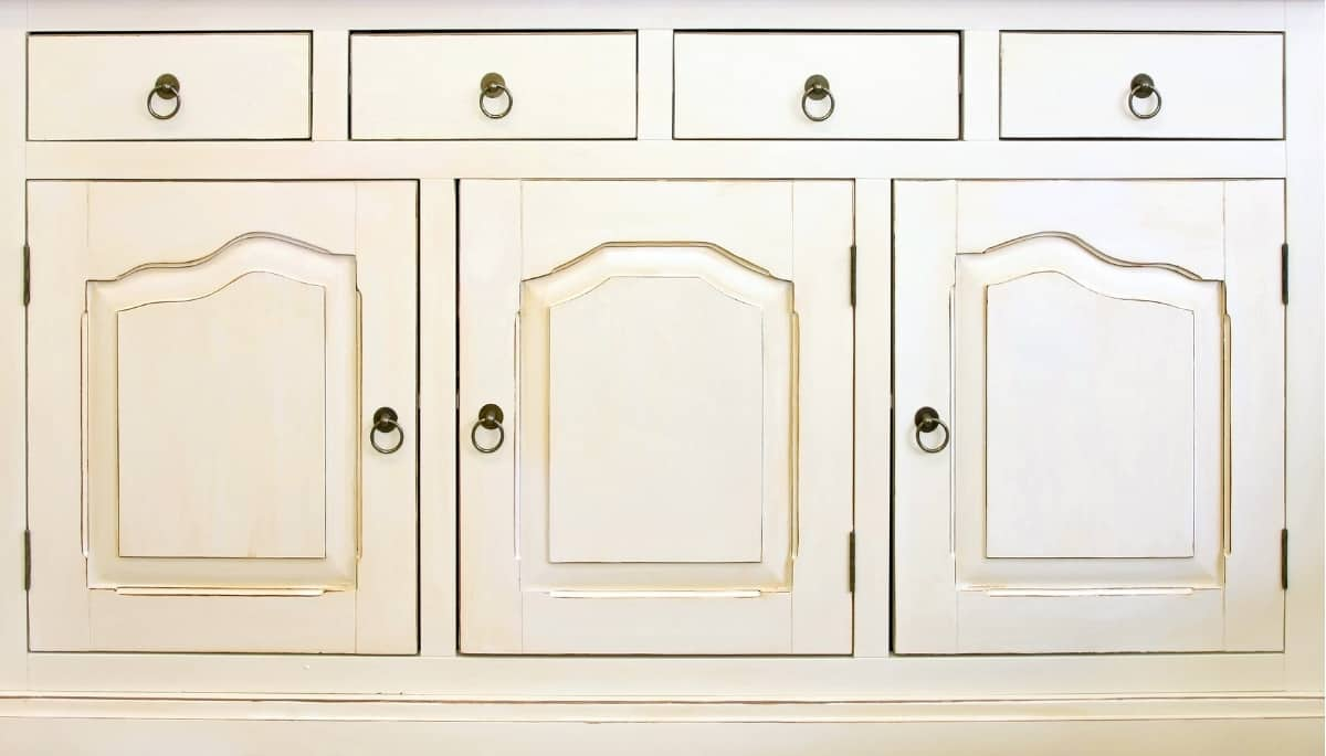 cabinet with face frame and inset doors and drawers