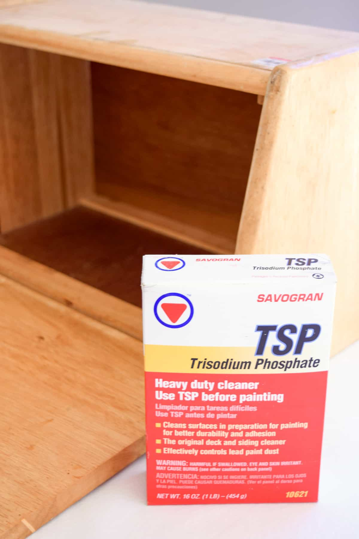 TSP cleaner to clean an old bread box before painting